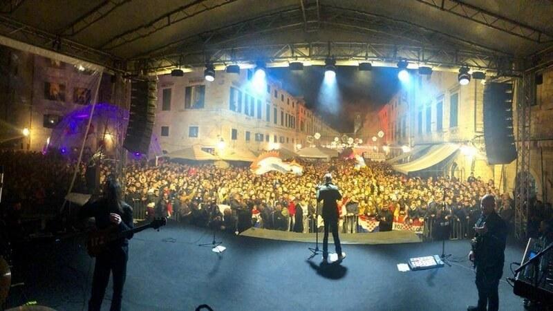 Thompson na Stradunu održao koncert za pamćenje u povodu Dana dubrovačkih branitelja
